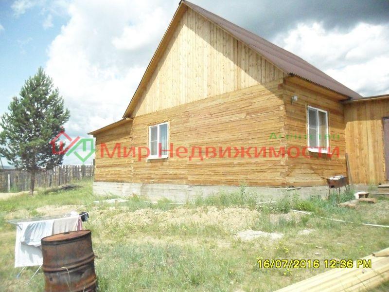 продается дом из 15 бруса, 93 кв.м., 2 комнаты и гостинная, ванная и туалет в доме, уста ...